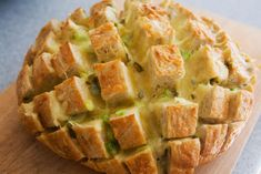 Cheesy Jalapeño Pull Bread - Yummy and easy!
