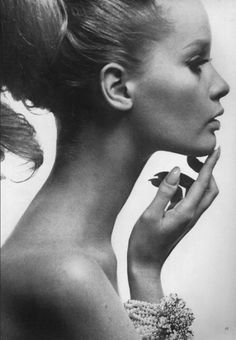 Photograph by Irving Penn of the amazing Celia Hammond ~ Since being one of the very top models of the 1960's Celia Hammond has devoted all her energies in caring for feral Cats who are in need of being spayed. Truly Inspirational ~