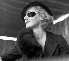 Bette Davis - bette-davis Photo