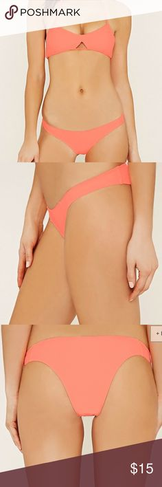 NWT super cute cheeky bottoms From forever 21! New with tags never tried on cute coral color Forever 21 Swim Bikinis