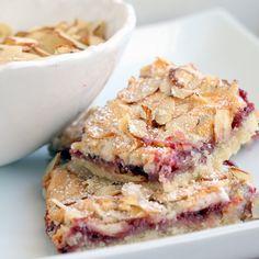 Raspberry Almond Bars - these look beautiful!
