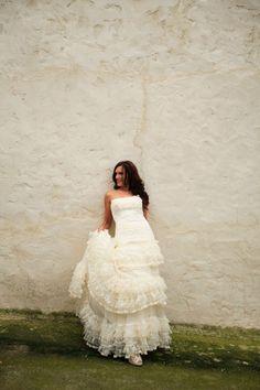 Crónicas de una novia muy especial. Sonia Porto con vestido de novia de YolanCris tiene algo que contarnos. Haz doble clic en esta imagen para leer su bonita historia. #novia #boda #casamento #sposa #noiva #bella #original