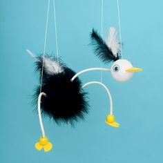 How to Make a Marionette DIY Instructions and Material list #Feathers #DIY #craftingwithfeathers #diywithfeathers Shop Feathers:http://www.featherplace.com/kids-crafts-projects/