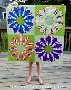 Dizzy Dresdens quilt top.  O really like the use of the strip fabrics in this quilt.  Peace, Robert from nancysfabrics.com