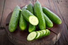 Cucumbers are cooked in a variety of ways, but grilling isn't among the most common methods. Much of this relates to the structure of cucumbers. These vegetables are high in water content, which doesn't suit them well for grilling. Low Carb Vegetables, Fruits And Vegetables, Veggies, Fruit And Vegetable Diet, Cucumber Health Benefits, Hydrating Foods, Cucumber Canning, Cucumber Seeds, Juice Recipes