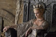 I will see this movie just for Charlize as an evil queen....love it!
