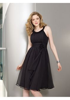 Chiffon knee Length Halter Bridesmaid Dresses with ruched detailing around neckline