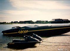 """""""Motokillerzy Hollywood"""" odc. 2 – 1995 Wellcraft Scarab 43 Thunder  Grom w raju (Thunder in Paradise) http://www.filmweb.pl/serial/Grom+w+raju-1994-36535"""