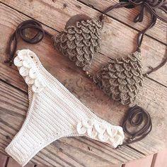 Crochet patterns for Ariella bikini top and Brazilian bottom active in my Etsy shop (link in bio) and capitanauncino.com!!!😊✌🏼️💕 . . . . #etsyseller #etsyshop #etsy #craftastherapy #handmade #handmadewithlove #crochet #crochetaddict #crochetlove #crochetbikini #mermaid #crocodilestitch #ourmakerlife #peaceandlove #makersgonnamake #crochetpattern #crochetpatternrelease #bikini #bikinitop #bohostyle #bohemian #hippie #gypsy #gypsysoul #crochetersofinstagram #igcrochet #crochetswimwear…