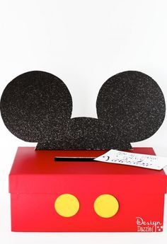 """Make your own simple Mickey or Minnie Mouse Valentine Card Box! """"I'm All Ears For You"""" Free Printable - Design Dazzle"""