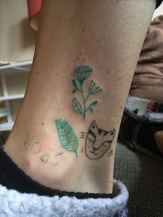 Stick and poke flower tattoo (the one on top). Tiger and leaf below made some time ago:) @teektura_ewa_maczynska