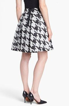 houndstooth skirt. im in love!