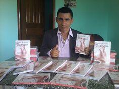 Escritor Joabe Reis lança livro de poesias. Leia no blog http://joabe-reis.blogspot.com.br/2015/06/escritor-joabe-reis-lanca-livro-de.html