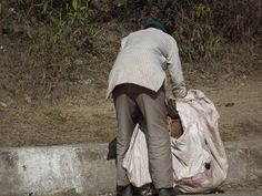 Kabadiwala (Waste Collector) by Shubham Kashyap on 500px
