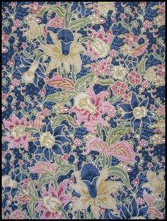 Textiil - Malaysian #Batik - Intricate floral on #Navy