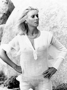 Catherine Deneuve Movie Stars Vol. Catherine Deneuve, Veronica Lake, Marie Christine Barrault, Christian Vadim, Actrices Hollywood, Jane Birkin, French Actress, Jane Fonda, Movies