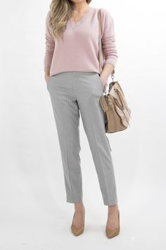 business-casual-dress-women-work-office-professional-outfit-essentials-miss-louie-6