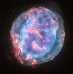 Hubble Image of Planetary Nebula NGC 6818 8/9/15 newly released Hubble image