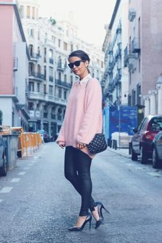 How to wear oversized pullover Pink Outfits, Casual Outfits, Cute Outfits, Winter Outfits, Pink Fashion, Love Fashion, Urban Fashion, Atelier, Fast Fashion
