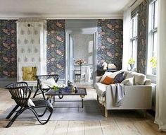 Discover modern living room design ideas on HOUSE - design food and travel by House & Garden. The Brunnsnäs wallpaper from Sandberg is a modern interpretation of a traditional floral. Living Room Designs, Living Room Decor, Living Rooms, Living Area, Modern Floral Wallpaper, Inspirational Wallpapers, Blue Wallpapers, Room Wallpaper, Sweet Home