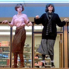 So we've finally come full circle. Claire's (Molly Ringwald) outfit is actually something I would wear today!