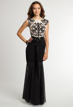 Two-Tone Pleat Lace