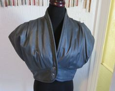 Amazing 1980s punk rocker avant garde gray leather crop vest jacket L