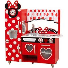 Experience the magical world of Disney® Junior's Minnie Mouse Vintage Kitchen. Adorably decorated to suit Minnie Mouse herself, the Minnie Mouse kitchen set is ideal for cooking an imaginative feast of food and fun. Minnie Mouse Kitchen, Mickey Mouse Bedroom, Minnie Mouse Toys, Kidkraft Kitchen, Toy Kitchen, Kitchen Sets, Disney Junior, Disney Jr, Polka Dot Curtains