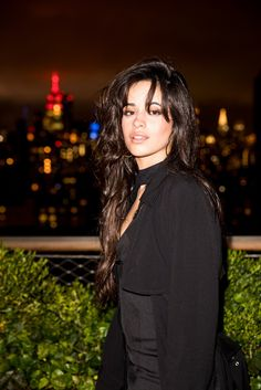 Camila Cabello at the Guess Fall Fashion Event Fangirl, Langer Bob, Camila And Lauren, Fifth Harmony, Celebs, Celebrities, Woman Crush, Camilla, Celebrity Crush