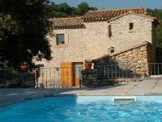 Mooi stenen huis, zeer rustigVakantieverhuur in Buoux van @homeaway! #vacation #rental #travel #homeaway