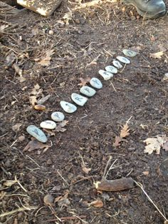 We found the stones, we had to sort them. Then turn them over, on the backside the numbers for the cachecontainer.