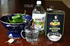 Easy canning recipe for jalapeños.looks easy enough. Pickled Jalapeno Recipe, Canning Jalapeno Peppers, Canned Jalapenos, Jalapeno Recipes, Pickling Jalapenos, Stuffed Jalapeno Peppers, Jalapeno Poppers, Easy Canning, Canning Recipes