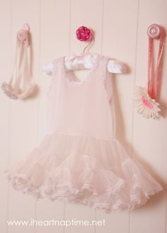 Cute nursery idea. Different knobs to hold hair bows, etc.