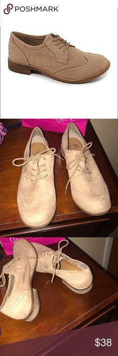 Gianni Bini Oxfords Worn once Gianni Bini Shoes Flats & Loafers