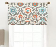 Window Shades Favorites How to Inside Mount or Outside Mount a Faux Roman Shade Tips For Selecting A Valance Tutorial, Roman Shade Tutorial, Diy Window Shades, Faux Roman Shades, Diy Blinds, Curtains With Blinds, Valances, Bathroom Window Curtains, Bedroom Blinds