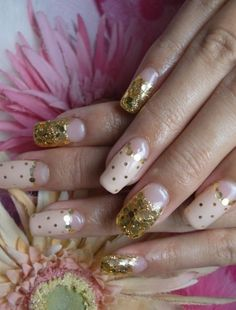 Polka Dot Nail Art / gold nails / laval nails / ongles laval/ nails art / nails design   www.ongleslaval.com