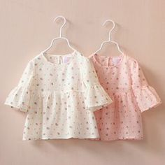Cheap blouse baby, Buy Quality girls blouse directly from China girls fashion blouse Suppliers: New 2017 Spring Summer Fashion Girls Blouses Baby Trumpet Half Sleeve Strawberry Print Leisure Cotton Shirts Kids Princess Tops Baby Outfits, Outfits Niños, Little Girl Outfits, Little Girl Dresses, Kids Outfits, Baby Girl Fashion, Kids Fashion, Baby Frocks Designs, Girls Blouse