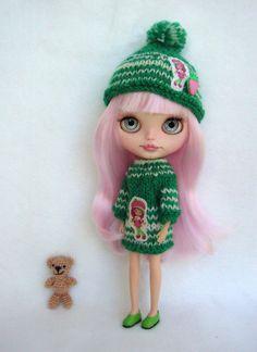 Nice dress and hat for blythe custom doll by GarlenaShop on Etsy