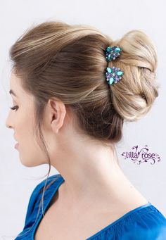I love the new blue and turquoise Lilla Rose You-Pins!!! Gorgeous!!! http://www.lillarose.biz/BeautifulLife