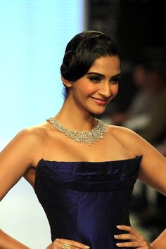 Sonam Kapoor Launches India International Jewellery Week (IIJW) 2013.