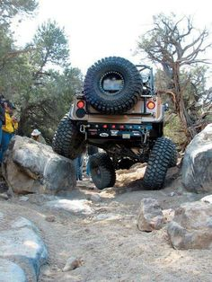 No sway bar- no problem! 😊 go JEEP Jeep Suv, Jeep Truck, Truck Camping, Jeep Parts, Suspension Design, Cool Jeeps, Off Road, Buggy, Texas
