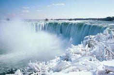 Niagra Falls, Canada - In the Winter