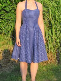 zwierig zomerkleedje (op basis van model 12 uit Knip juni 2010) (zie commentaar)