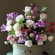 The Real Flower Company Margaret Merrill & Garden Flower