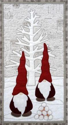 55 new ideas for patchwork weihnachten wandbehang Christmas Patchwork, Christmas Quilt Patterns, Christmas Applique, Christmas Gnome, Christmas Art, Christmas Ornaments, Beach Christmas, Christmas Paintings, Mini Quilts