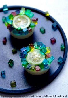 和菓子【花火Hanabi〜レモンの水羊羹Mizu-youkan】 I cooked Mizu-youkan(agar sweets) reflecting the image of fireworks for fireworks viewing party. Refreshing flavore of lemon and Japanese citron match various foods, liquor and drinks. *styling / photo / sweets : Midori Morohoshi(http://instagram.com/MidoriMorohoshi/)