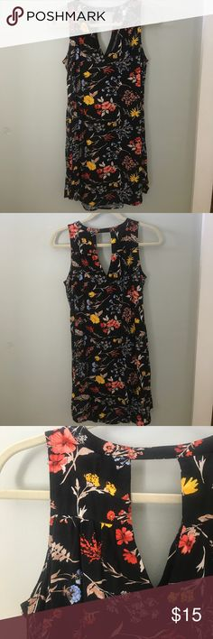 Floral Tunic Dress Old Navy. Worn once. Perfect condition. Old Navy Tops Tunics