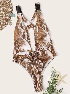 To find out about the Snake Print Criss Cross One Piece Swimsuit at SHEIN, part of our latest One-Pieces ready to shop online today! One Piece Swimwear, One Piece Swimsuit, Latest One Piece, Brazilian Swimwear, Tank Top Outfits, Beachwear For Women, Two Piece Outfit, T Shirt Diy, Sexy Bra