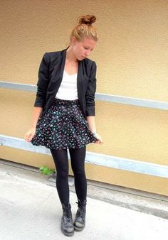 Love this whole outfit! Cute floral mini skirt and black Doc Martens. Perfect!!