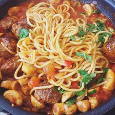 Meatball spaghetti 🍝 #evelittlekitchen #homecooking #bolognese #meatballspaghetti #earlydinner Spaghetti And Meatballs, Little Kitchen, Bolognese, Pasta Recipes, Eve, Dinner, Ethnic Recipes, Food, Dining